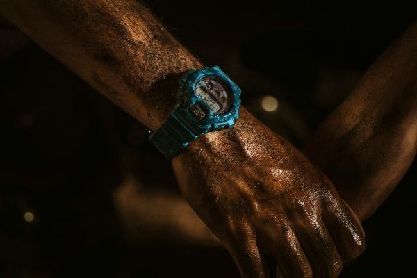 mano reloj